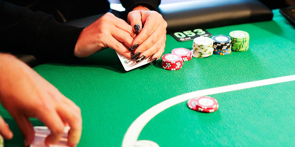 комбинации бадуги покера